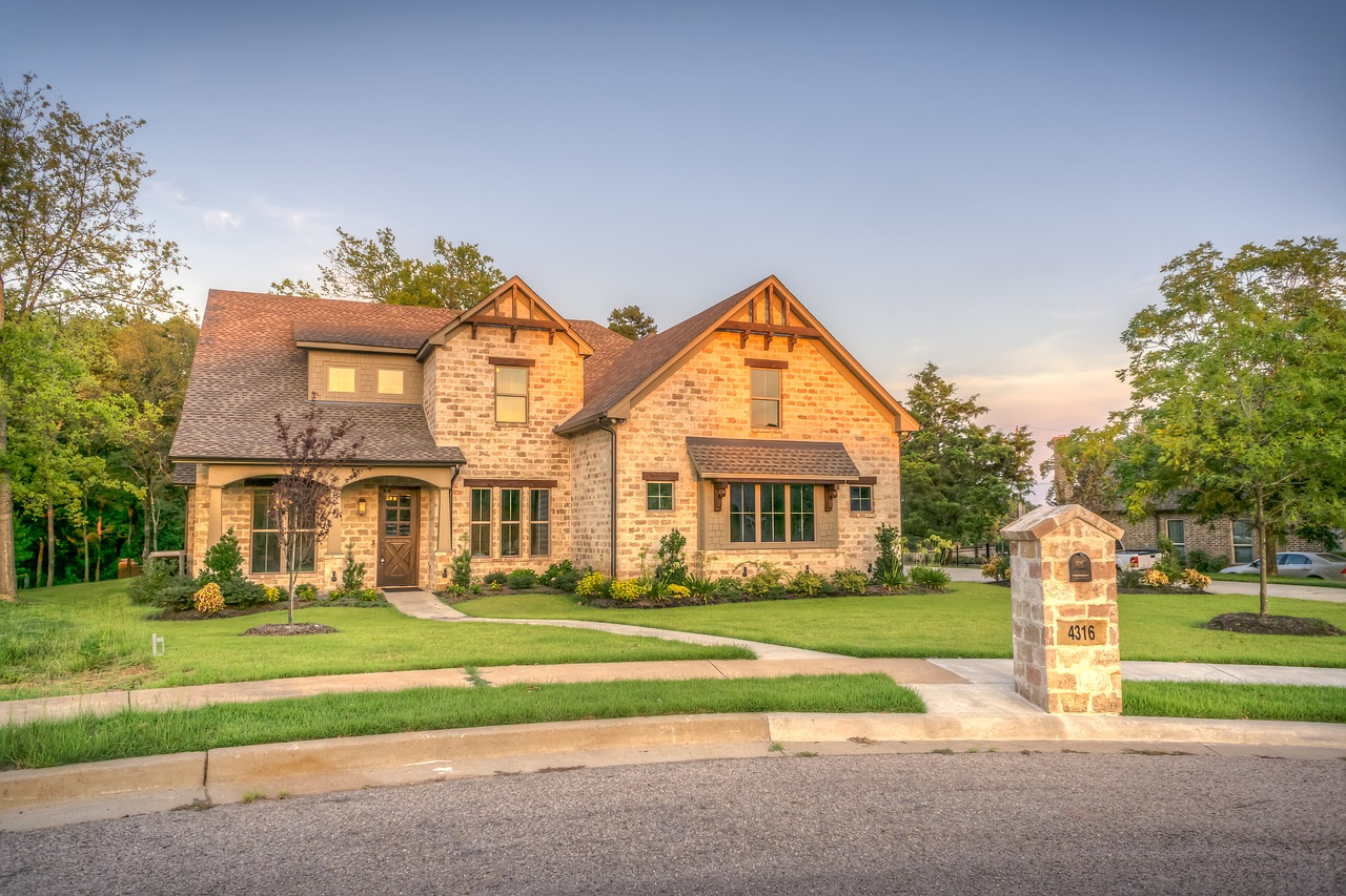 Essential Things to do Before Selling your House – Urcripton.com ...